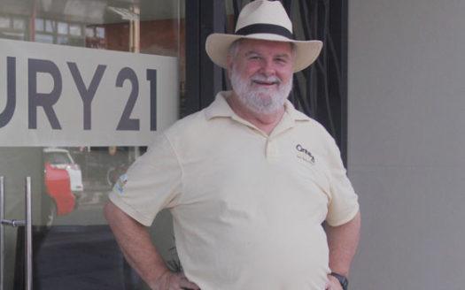 Tom Century 21 agent