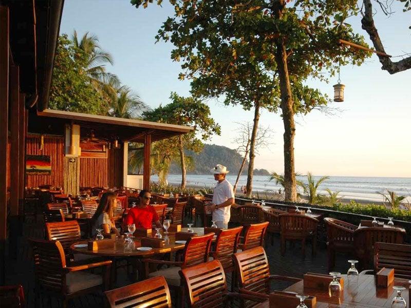 restaurant el hicaco in jaco beach